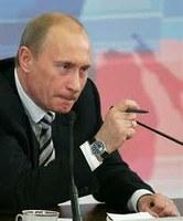 LA RUSSIA RIALZA LA TENSIONE CON L'OCCIDENTE ALLA VIGILIA DELL'INSEDIAMENTO DI PUTIN