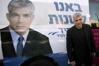 In Israele l'ascesa dei centristi ferma la destra. Mons Shomali: ci aspettiamo un cambiamento.